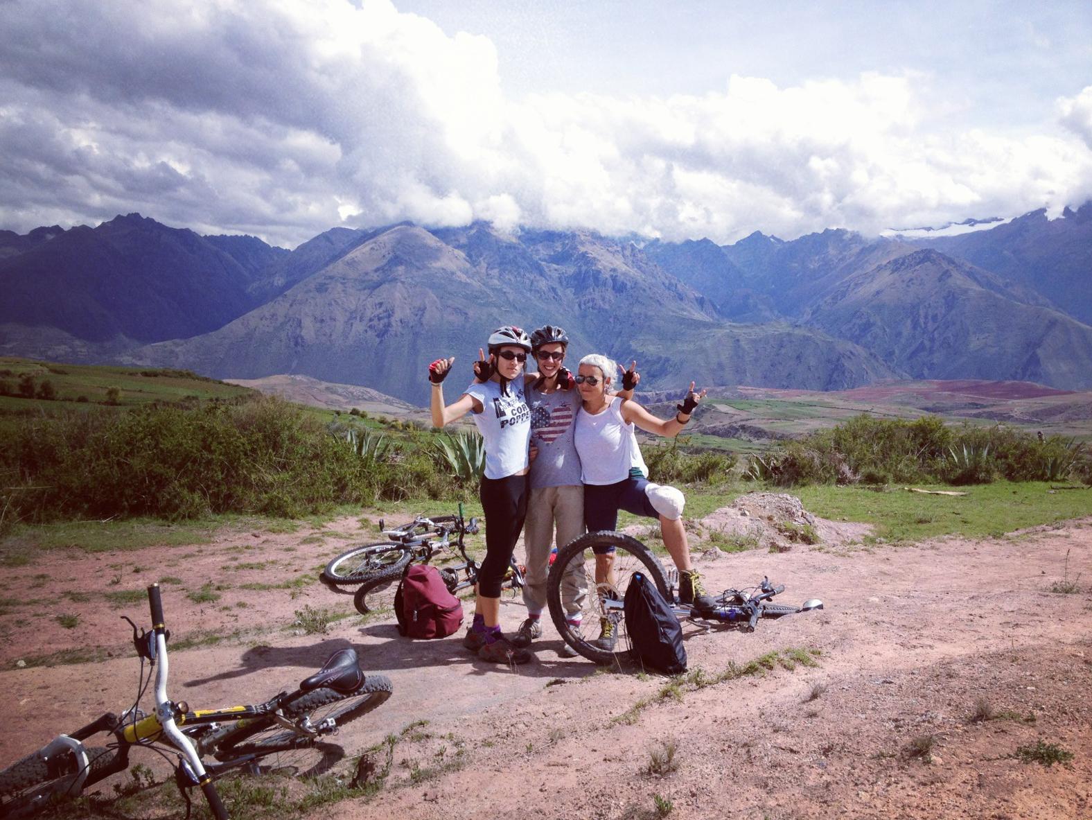 Perú_ valle Sagrado natalia gaelle y miriam