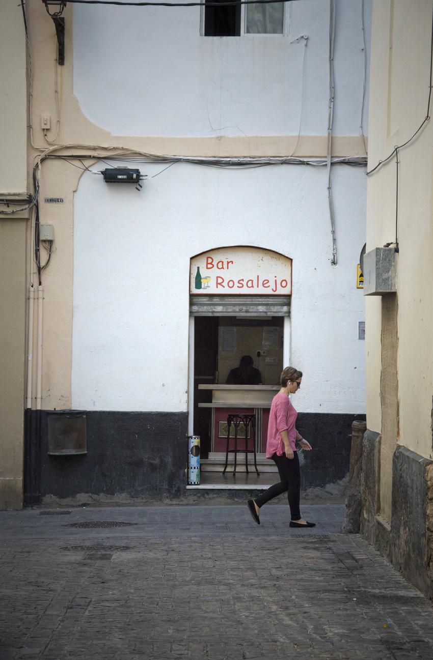 Cadiz-centro historico-callejones-sonsoles-lozano-1