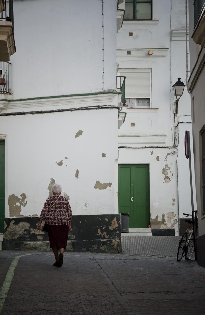 Cadiz-centro-historico-callejones-sonsoles-lozano