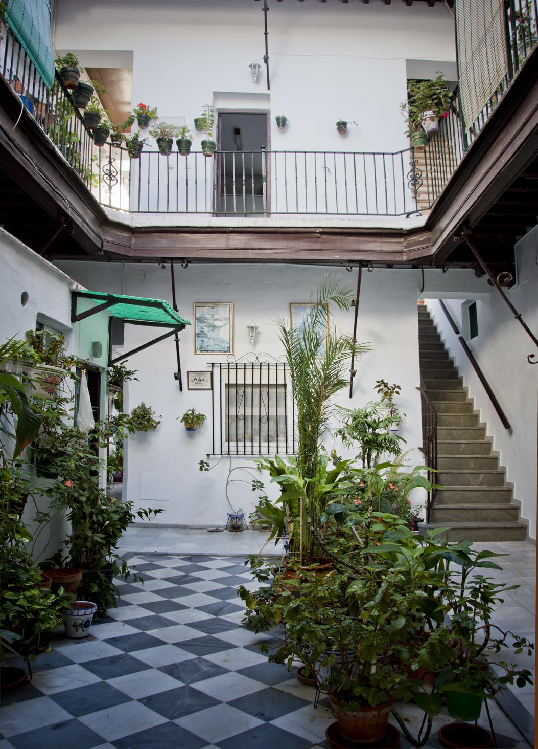 Cadiz-patios-sonsoles-lozano-6