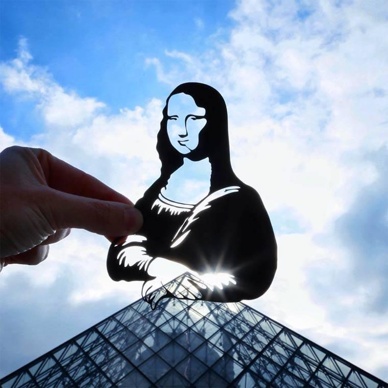 Paperboyo Louvre