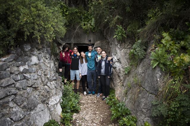 Gibraltar-cueva-san-miguel-bajo_3