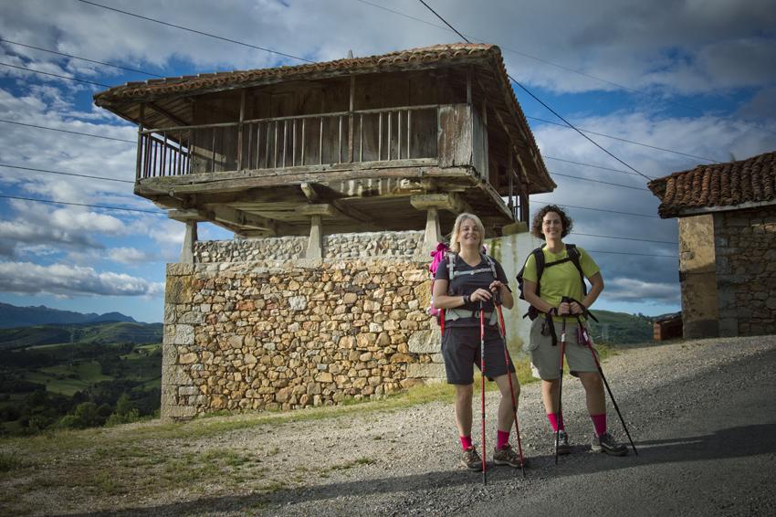 Camino-de-santiago-retratos-peregrinos-andaluzas-camino-primitivo-asturisas-sonsoles-lozano_326 sin blurweb
