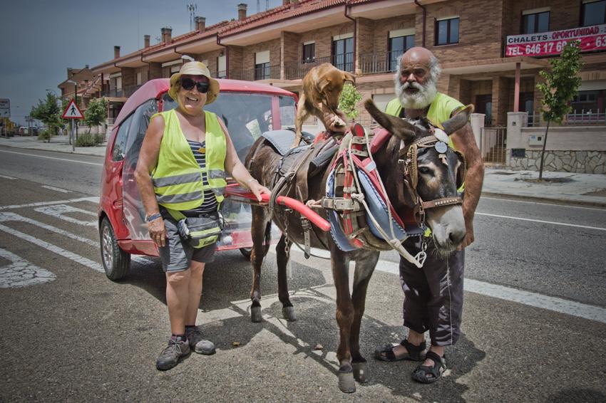 Camino-de-santiago-retratos-peregrinos-burro-sonsoles-lozano_316web